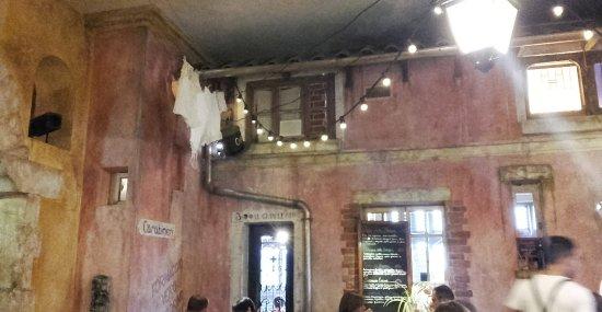 Chambray-Les-Tours, Frankreich: La salle de restaurant