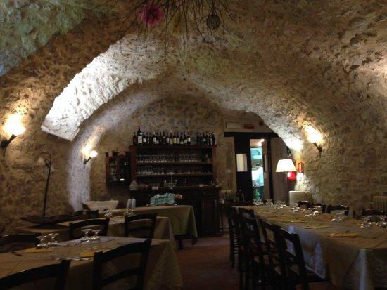 Sant'Anatolia di Narco, อิตาลี: il ristorante