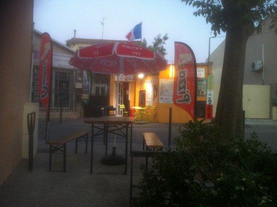 Vic-la-Gardiole, Francia: terrasse a disposition des clients