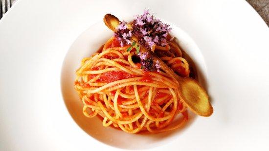 Silvaplana, Zwitserland: Kinderteller (!) Spaghetti Napoli