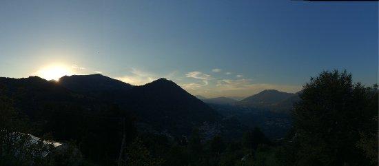 Schignano, Italia: tramonto