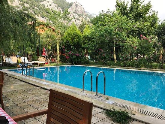 çocuklar Için Taş Boyama Köşesi Sedir Palas Butik Otel Antalya