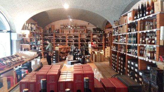 Vini e Distillati Angelo Delea SA