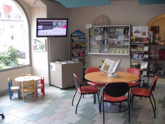 Beaulieu-sur-Dordogne, France: Office de Tourisme Vallée de la Dordogne - Bureau de Beaulieu/D.