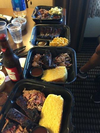 Cannonville, UT: 3 Meat BBQ Sampler