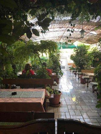 Vinisce, Kroatië: Restaurant Mastrinka