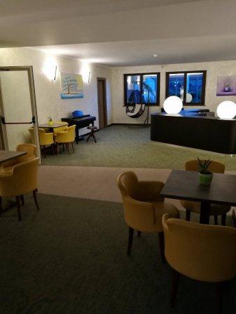 sala intrattenimento foto di warmthotel roma tripadvisor