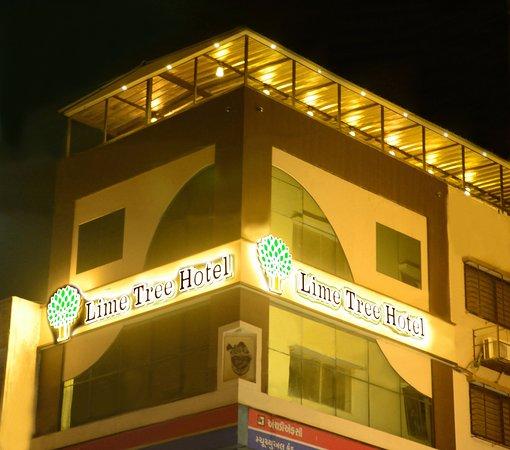 Lime tree hotel jamnagar gujarat specialty hotel for Specialty hotels