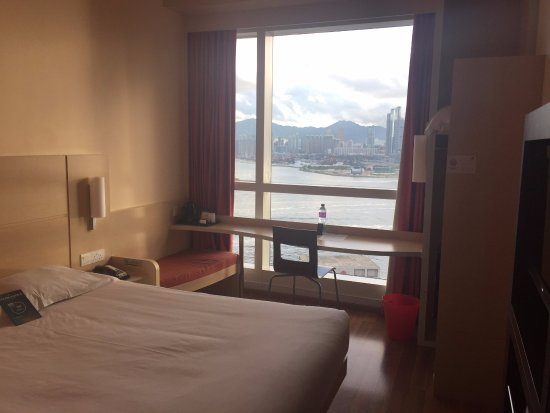 Ibis Hong Kong Central & Sheung Wan Photo