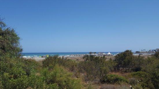 Torreguadiaro: view of the beach