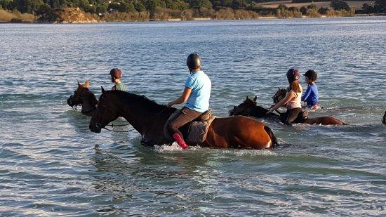 Plurien, France: baignade dans la Lagune