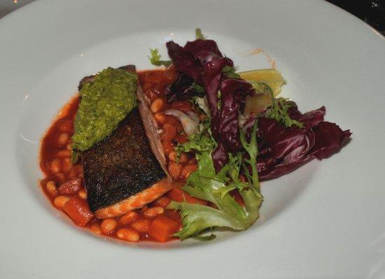 Browns Restaurant at Nevis Bank Inn: SALMONE IN SALSA CHILI