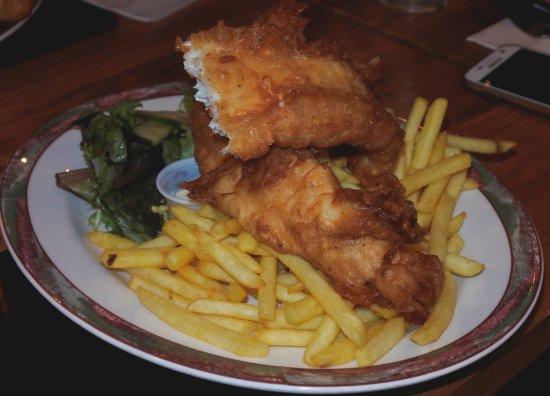 Glen Nevis Restaurant & Bar: Fish and chips