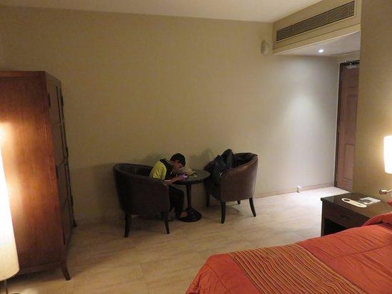 Juhu residency boutique hotel mumbai boutique hotel for Best boutique hotels in mumbai