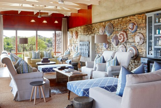 Kwandwe Private Game Reserve, South Africa: Kwandwe Ecca Lodge - central guest lounge