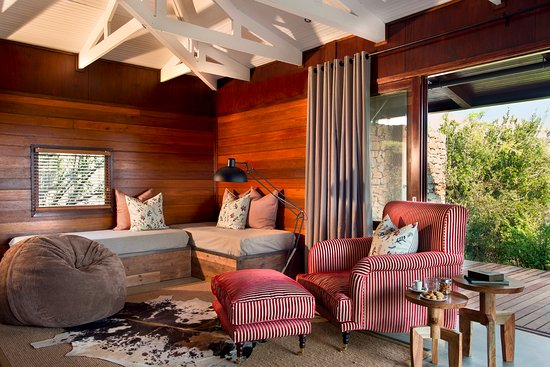 Kwandwe Private Game Reserve, South Africa: Kwandwe Ecca Lodge - Suite lounge
