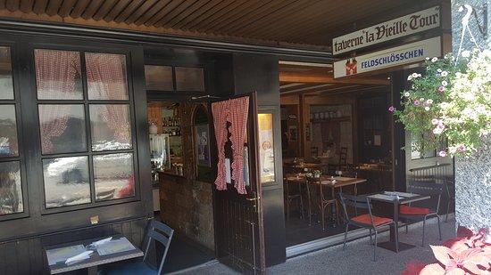 La Tour-de-Peilz, Switzerland: La Taverne de la Vieille Tour