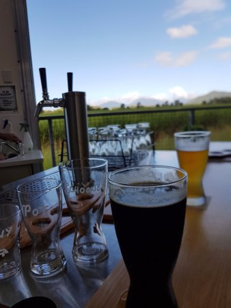 Smithfield, Australia: Light and dark at the bar