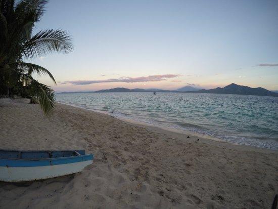 Pulau Siladen, Indonesia: A piedi scalzi su un gioiellino