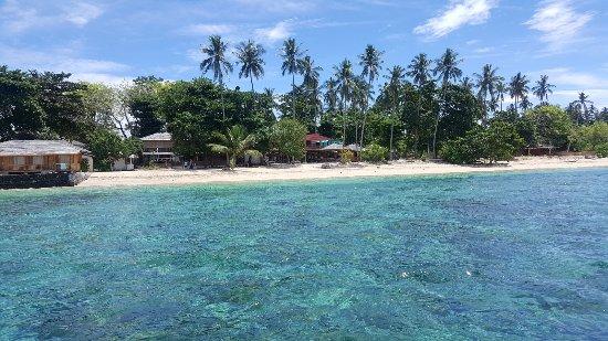 Siladen Island, Indonesia: A piedi scalzi su un gioiellino