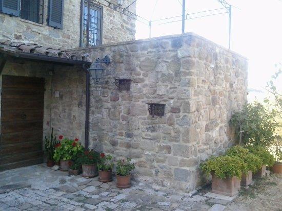 Coltavolino, Italia: Esterno