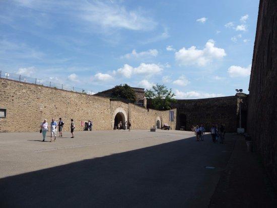 Rheinseilbahn: inside fortress