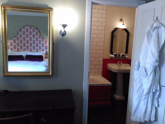 Burley, UK: Classic room 11