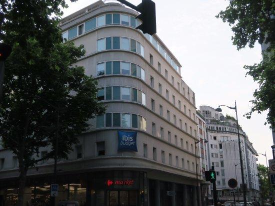 Ibis Budget Paris La Villette : Hotel building
