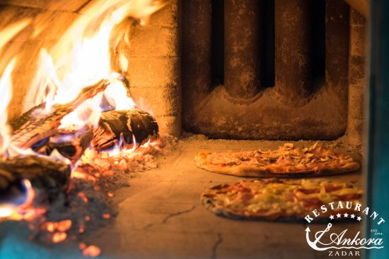 Ankora: Pizza