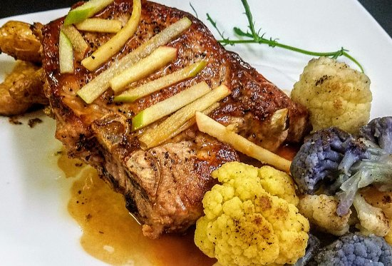 Eagle River, WI: Pork chop with apple cider glaze