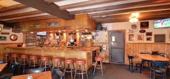 Iowa City, Iowa: Bar area