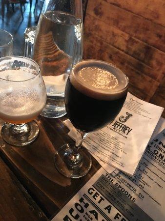 Dunhan stout photo de the jeffrey craft beer bar and for Craft beer bars new york