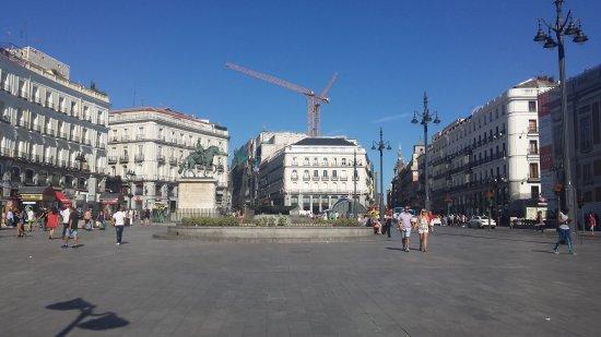 Img 20170813 160801 bild fr n puerta del sol for Puerta 53 bernabeu