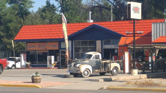 Fort Morgan, CO: Tailpipes & T-Bones Route 34 Diner