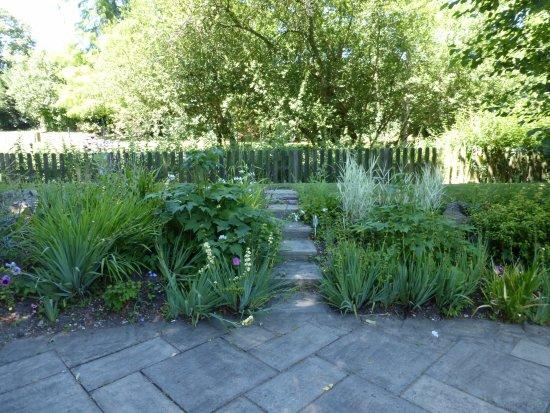 Рингвуд, UK: Garden