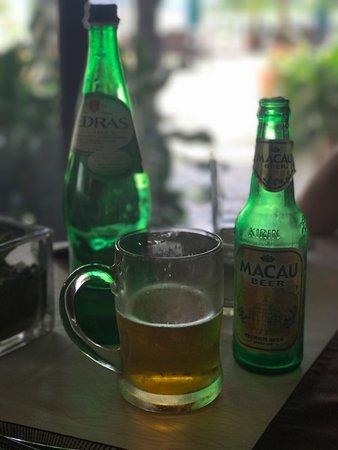 Pousada de Coloane Beach Hotel & Restaurant: Portuguese water and Macau beer