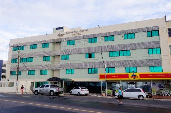 Bahia Sol e Mar: Visão da aréa externa do Hotel