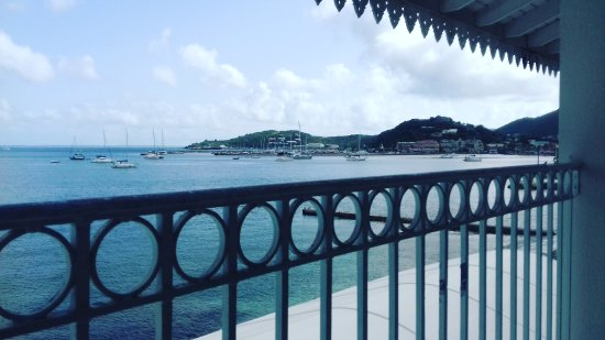 Le Beach Hôtel: IMG_20170812_084933_364_large.jpg