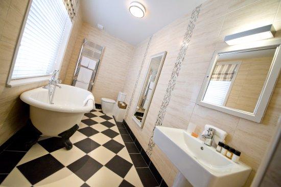King Deluxe Bathroom Picture Of The County Hotel Hexham Tripadvisor