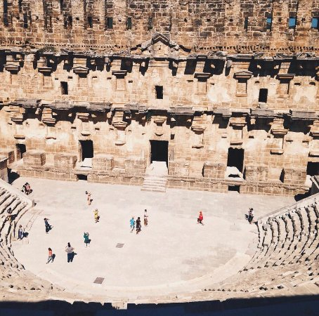 Aspendos Ruins and Theater : Nice photo opportunity