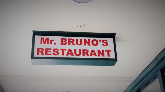 Lyndhurst, Nueva Jersey: Mr Brunos Restaurant and Pizzeria