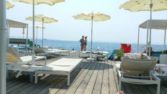 Mistral Beach Bar and Restaurant : photo0.jpg