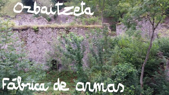 Hiriberri-Villanueva de Aezkoa, Hiszpania: Vistas desde el barrio que hay más arriba