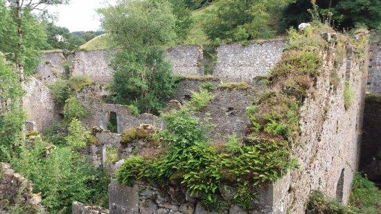 Hiriberri-Villanueva de Aezkoa, Hiszpania: Está completamente en ruinas