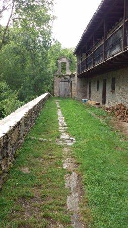 Hiriberri-Villanueva de Aezkoa, Hiszpania: Desde esta zona es totalmente visible y se pueden hacer fotos