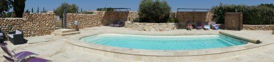 Sainte-Croix-du-Verdon, Francja: L'espace piscine.