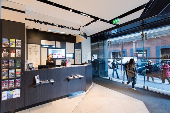 Point Information Tourisme - Galeries Lafayette Homme