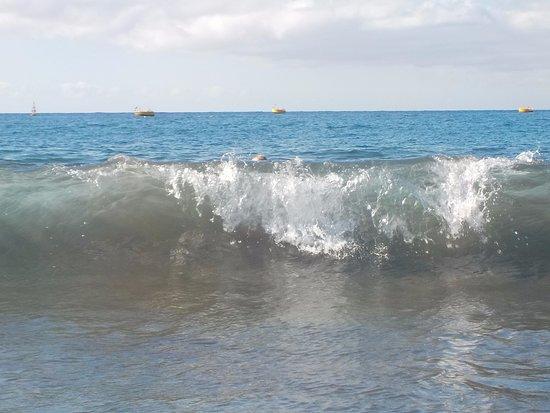 El Medano, Spain: Otwarty Ocean, więc fale mogą mieć spore rozmiary
