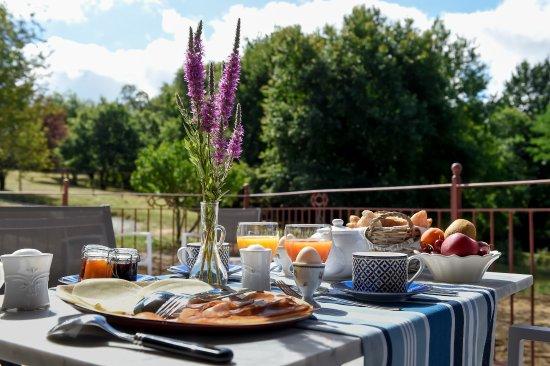 Lignan-De-Bordeaux, Γαλλία: petits déjeuners