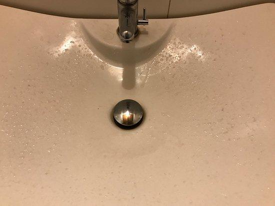 Urzulei, Italy: I bagni lasciano molto a desiderare, il locale era praticamente deserto quando ci siamo fermati,